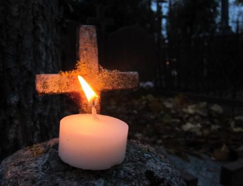 Šv. Mišių laikas Visų Šventųjų ir Vėlinių dienomis