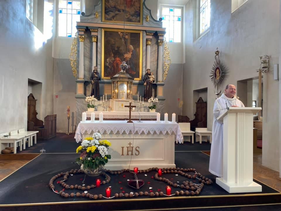 Gyvojo Rožinio maldininkų ir parapijos tikinčiųjų rekolekcijos
